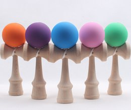 Wholesale-30pcs lot DHL Free Rubber paint Game ball skills with a sword jade jade sword ball toy wooden sword flexible paint kendama