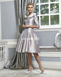 Silver Wedding Mother of the Bride Dresses Knee Length Scoop Ruffles Satin Half Sleeves 2019 Vintage Women Formal Party Gowns Evening Dress