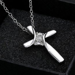 Hot ! Necklace. 10pcs Europe and America Women's Simple Rhinestone Three-Stone Cross Charms Pendant Necklace