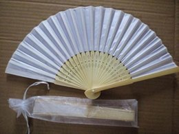 Free shipping,Wholesale 100pcs lot White Folding Elegant Silk Hand Fan with Gift bag Wedding&Party Favors Gift 21cm