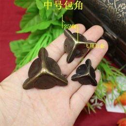 Wholesale 25MM side corners antique wooden gift wrap angle corners at right angles to bag purses corner angle iron decorative accessories