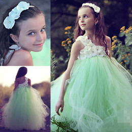 2015 Girls Prom Dresses Beautiful A Line Vintage Mint One Shoulder Flower Girl Dresses with Handmade Flowers Floor Length Tulle Girls Dress