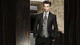 Wholesale Customized Charcoal Grey Groom Tuxedos Silver Vest and Tie Slim Fit Party Suit Bridegroom Groomsman Suit Jacket Pants Tie Vest