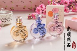Wholesale brand designer perfume ml weman perfume CNE gucc Prad a BOS s POL bubarr y and many many for weman and men
