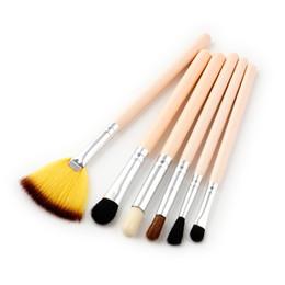 Mybasy 2017 new 6pcs Makeup Brushes Set technicolor Fan Large Eyeshadow Blush Beauty Make up Brushes