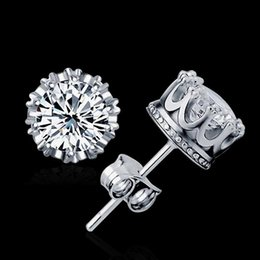 925 Sterling Sliver Plated Crown Earrings Fashion Jewelry with Rhinestone 8MM Round 2 Carat Cubic Zirconia Silver Stud Earrings ED2632