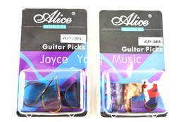 Alice Fingerstyle Guitar Picks Thumb Finger Picks Pearl Celluloid Guitar Picks Plectrums Clamshell Free Shipping
