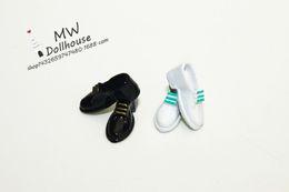 Dollhouse Miniature Pair of Dark black&white Dress Shoes