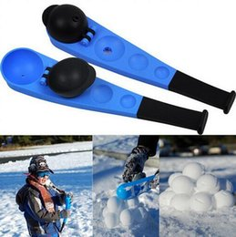 Wholesale HHA300 New Winter Fun Toy SnowBall Thrower Snowball Maker Snow Ball scooper slinger Snow Chuck Snowball Launcher for Winter Battle Kids Toy