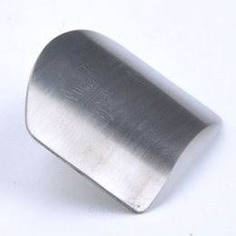 Wholesale 1PC Personalized Design Stainless Steel Finger Hand Protector Guard Chop Safe Slice DIY Cooking Tools MPJ419