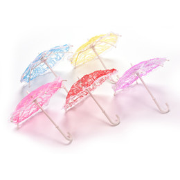Wholesale Color Random X Umbrella for Barbies with Lace Girls Classic Dollhouse Furniture