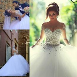 Promotion mariage strass robe de cristal Livraison gratuite Luxueux 2017 manches longues robes de mariée avec des cristaux strass robe sans bretelles Vintage robe nuptiale robes HS302