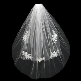 Wholesale 2016 Short Wedding Bride Veil Custom Made Lace White Ivory Two Layers Tulle Comb Vail Accessories Hat Veil Bridal Veils Appliqued