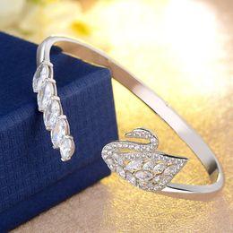 2017 New Fashion Zircon Swan Bracelets & Bangles For Women Weddings Party Jewelry Gift