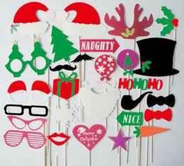 28pcs Christmas Photo Booth Props Moustache Lips on A Stick Supplies Decoration