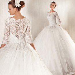 2015 sexy elegant lace Ball Gown Wedding Dresses Bateau Long Sleeve Applique Bridal Grown Hot Sale