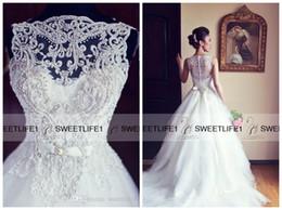 Wholesale Elegant Lace Wedding Dresses Sweetheart Neck Detachable Straps A Line Bridal Gowns Zipper Back with Chapel Train Aire Vintage Gowns