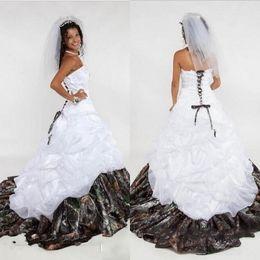 2017 Camo Wedding Dresses Sweetheart Lace Up Ruched Ruffle Sleeveless Appliques A Line Long Satin Bridal Gowns Vestidos De Novia Princesa