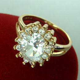 r271-18k gold filled engagement lady design white sapphire ring Sz8