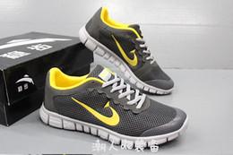 Wholesale Venbu Sneakers Beach Men s Shoes breathable shoes Men s Fashion Hollow out shoes Free DHL UPS Factory Price