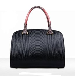 Wholesale New European and American serpentine fashion handbags shoulder bag authentic Boston lady messenger bags Totes Free shipping