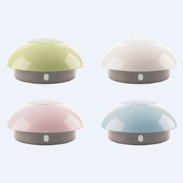 Wholesale 50pcs ROLTON E200 mini wireless bluetooth speakers for mobile phone PC iphone with the cheapest price