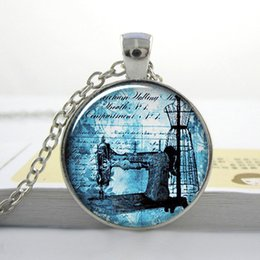Wholesale Antique Sewing Machine pendant seamstress necklace sewing charm dressmaker jewelry O38