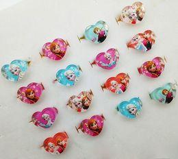 Wholesale Anillos de dedo de los cabritos Anillos congelados de Elsa Anna MEZCLA el RECTÁNGULO de la FLOR del CORAZÓN forman el anillo de dedo Anillos de la historieta la joyería de los niños del juguete