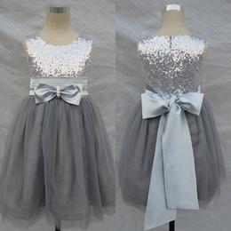 Wholesale Bling Bling Flowers Girl Dresses Wedding Silver Grey Sequins Sash Bow Tulle Flower Girls Formal Gown
