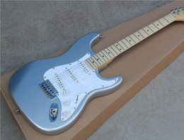 Electric Guitar with Silvery Body and White Pearl Pickguard and Maple Fretboard and Can be Customized as Request