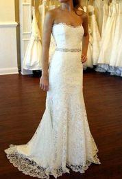 2016 Sheath Lace Wedding Dresses with Crystal Sash Bridal Dresses Beaded Strapless Wedding Gowns Sweep Train Vestido De Noiva