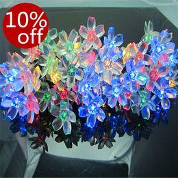 Купить Онлайн Цветковые деревья-50 Leds солнечной энергии рождественской елки свет шнура формы цветка для свадебного банкета Открытый Декоративные цвет смешивания Twinkle Llights # SS-01