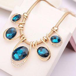 Wholesale Fashion Jewelry Women Crystal Pendant Chain Choker Chunky Statement Bib Blue Necklace Wonderful Gifts Necklaces Pendants
