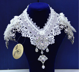 Wholesale 2015 Stunning Cheap Shoulder Chain high Neck Lace Appliques Noble Crystal Bridal Necklace Temperament Beading Wedding Accessories
