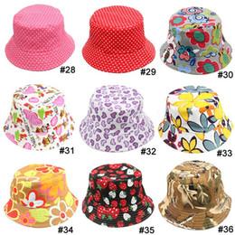 2017 sombreros de camuflaje TOP 2015 bebe niños niñas sombrero 36 estilos elegir libremente flores sonrían camuflaje animal fresa casual niño sombrero niños gorras 10pcs/lot sombreros de camuflaje en oferta