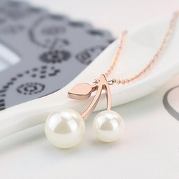 titanium custom key chain selling pearl and leaf big small double pearl necklace women jewelry collar Pendant Necklaces for women