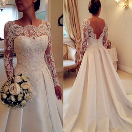 Vintage Lace Long Sleeve Wedding Dresses Bateau Neck Sexy Nack with Appliques A Line Court Train Satin Bridal Gowns