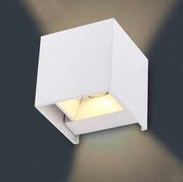 8W LED Wall Lamps LED Outdoor Wall Sconce Waterproof Modern Warm White 2COB Led Chips Wall Mounted Lamp