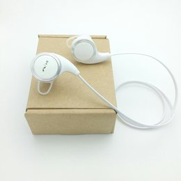Wholesale QY8 OEM Wireless Bluetooth Earphone Fashion Sport bluetooth headphone Studio Music bluetooth headset Microphone mA capacity battery
