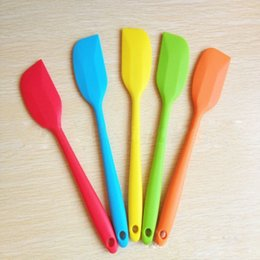 Wholesale 1 New Silicone Baking Cream Mixing Butter Cake Batter Spatula Scraper Brush Kitchen Baking Accessories