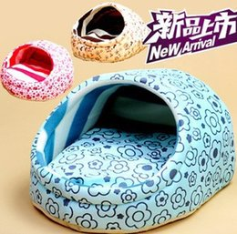 Wholesale hot sale Pet supplies autumn and winter dog kennel Sweet slippers shape dog bed