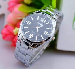 Reloj de cuarzo por mayor-estrenar personalizada Retro reloj de la manera del color de metal con una gran línea de lienzo Rojo Verde Azul Negro Marrón Caqui green red quartz watches for sale desde relojes de cuarzo rojo verde proveedores