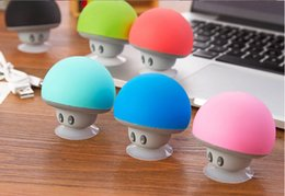 Wholesale Mini Cartoon Mushroom Wireless Bluetooth Speaker Stereo Music Player With Sucker stand For Smart Mobile Phone