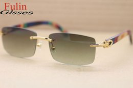 Wholesale New Arrival Natural Peacock Wood Made Legs Gold Glasses Men Out Door Green Lens Sunglasses Size mm