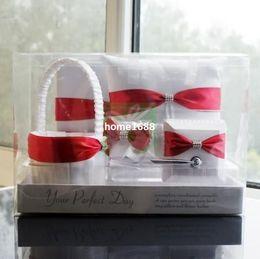 Bolígrafos personalizados boda en Línea-Envío Libre Rojo Blanco La Ceremonia De La Boda Personalizada Cosas De La Hoja Del Libro De Visitas Del Conjunto De Pluma Anillo Almohada Cesta De La Flor De Musgo