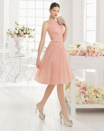 Wholesale Hot Sale Pink Evening Dresses Scoop Plunging V Back Prom Dresses Crystal Beaded Homecoming Dresses Knee Length Bridesmaid Gown Aire U2C1