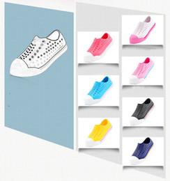 2016 pantoufles chaussures mignonnes Nouveau chaussures de bébé été unisexe Sneakers Cute doux transpirable pantoufles filles garçon Chaussures Sandales Non Slip Confortable Indoor Fashion Beach Shoes promotion pantoufles chaussures mignonnes