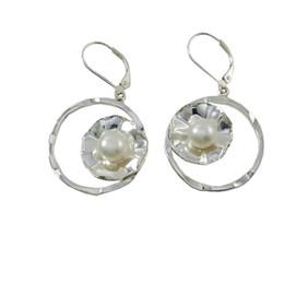 Fresh Water Pearl Chandelier Earrings Unadjustable Luxury Silver Dangle Earrings White Color Designer Wedding Earrings E5325