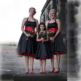 Top Selling Satin Halter Bridesmaid Dresses With Sash Sleeveless Backless Elegant Women Girl Clothes Knee Length Formal Bridesmaid Dress