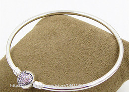 High-quality 925 Sterling Silver Pink Pave Heart Bangle Bracelet with Snap Clasp for European Pandora Style Charms and Beads